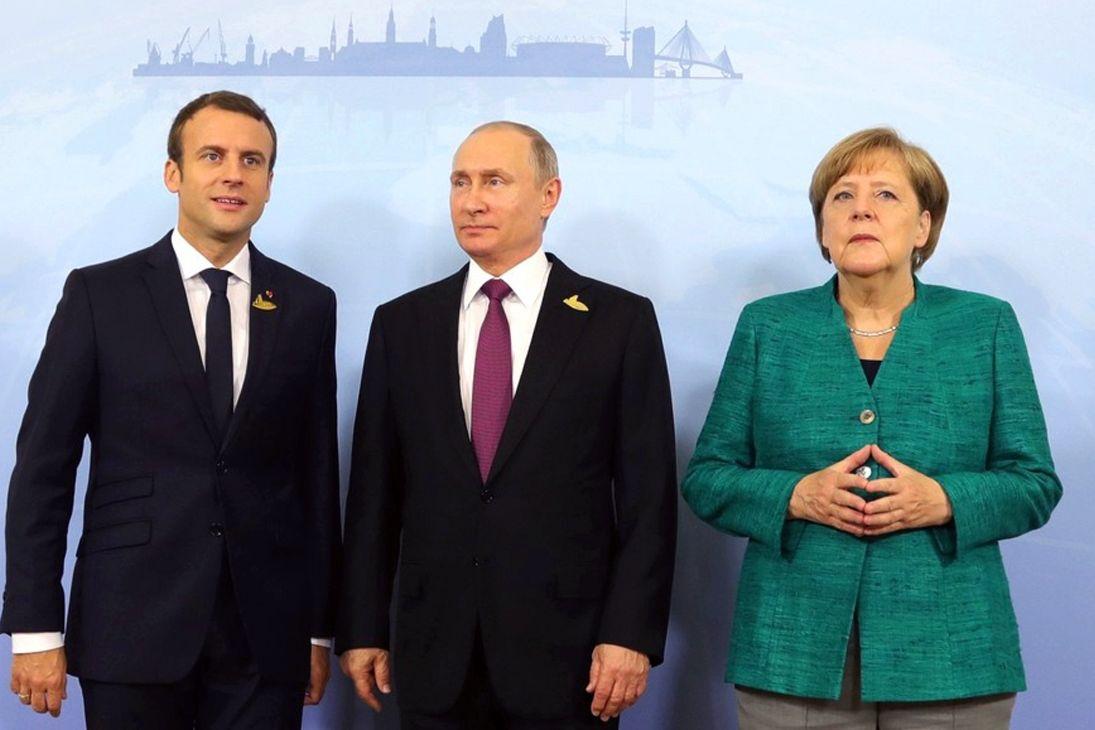 """Путин """"за спиной"""" Зеленского обсудил Донбасс с Меркель и Макроном - Кремль раскрыл детали"""