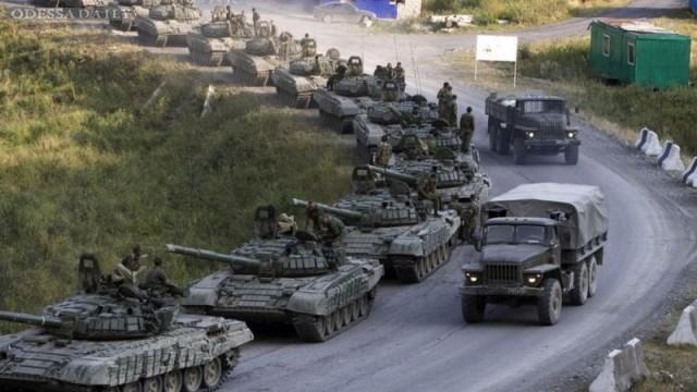 Россия перебросила под Горловку бронетехнику и танки - соцсети встревожены информацией о штурме