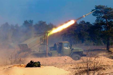 Обстрелы, Донецк, ДНР, армия, конфликт, мирные, виновны, стороны