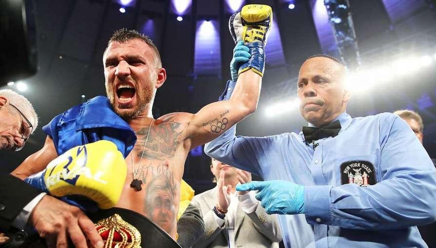 Ломаченко сенсационно выиграл бой у Линареса и установил мировой рекорд – полное видео победного боя