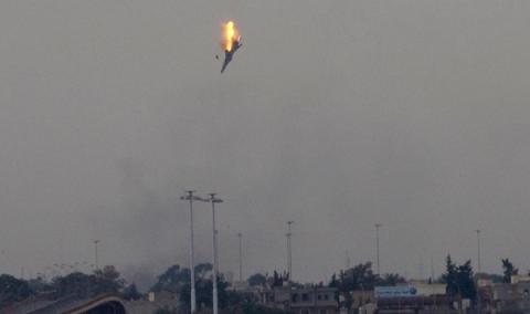 """Сирийские повстанцы начали применять ПЗРК: первой жертвой стал """"асадовский"""" МиГ-21 в небе над Хамой"""