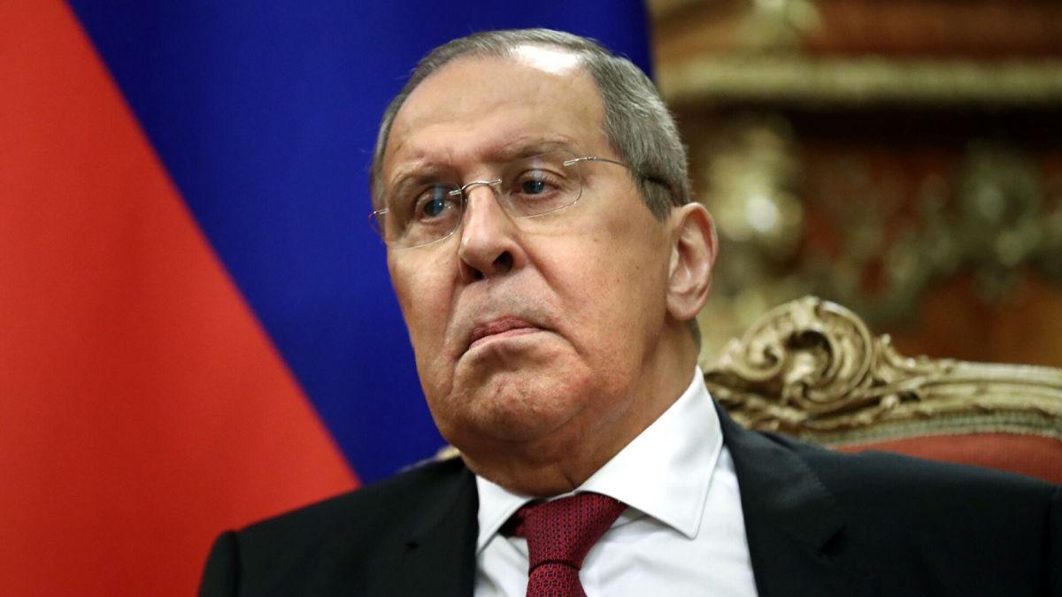 Лавров предложил Украине зарыть топор войны: Россия хочет изменить отношения