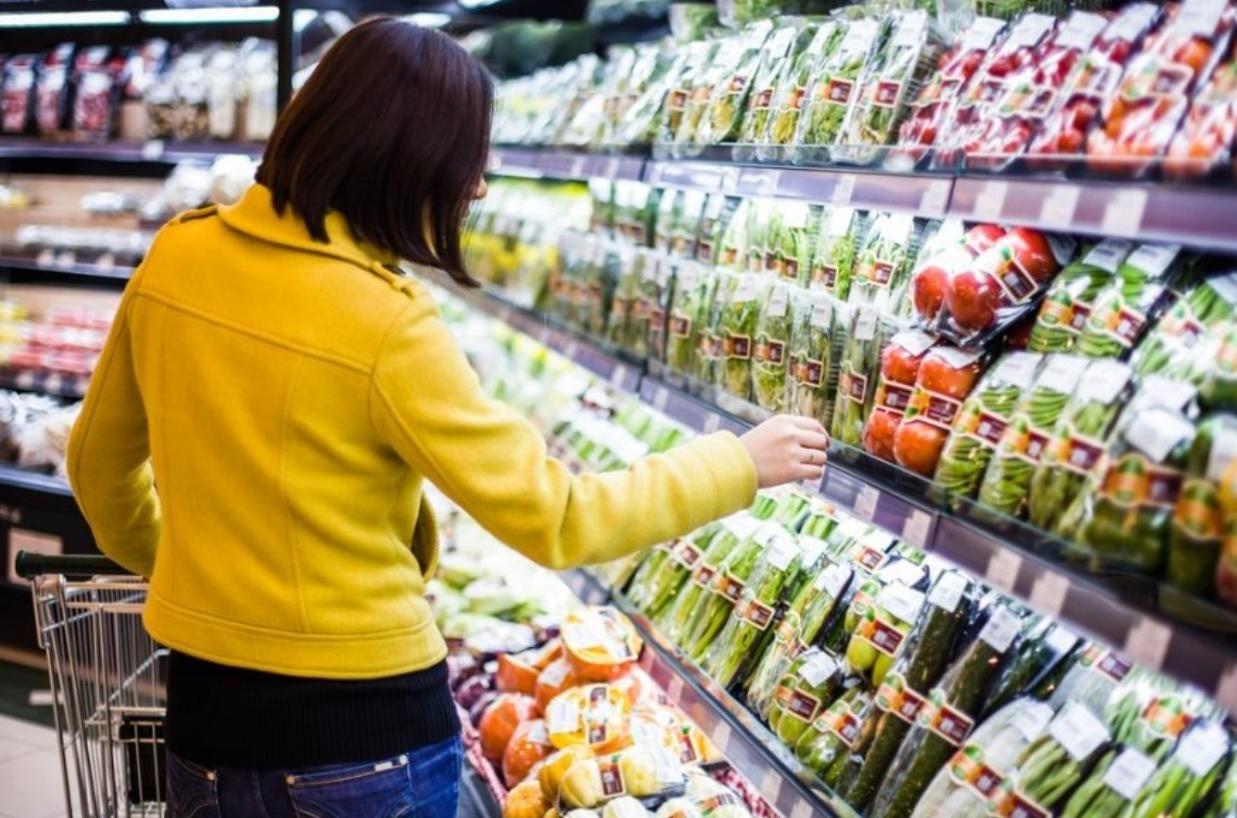 Насколько подорожали продукты в Украине за год: газ, масло и сахар бьют рекорды