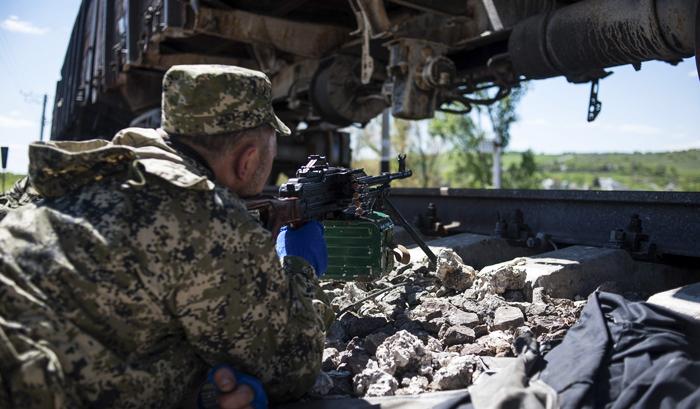 Ополченцы ДНР попали в засаду под Снежным, есть погибшие