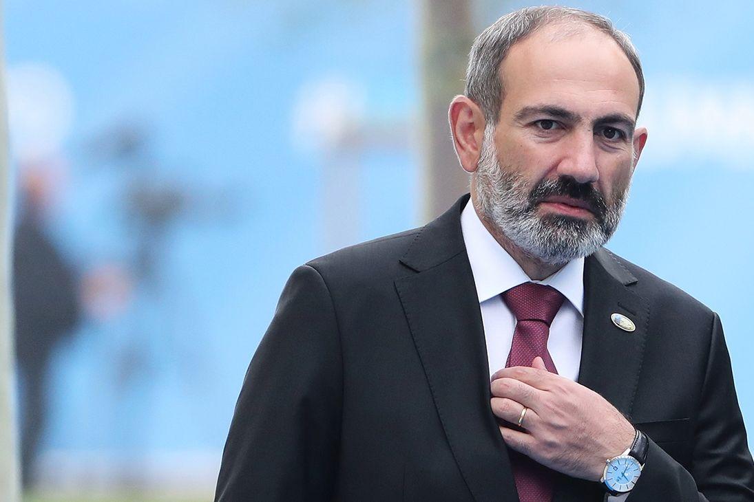 """Кремль усиливает военное присутствие в Армении после поражения в Карабахе - Ереван стал """"заложником"""""""