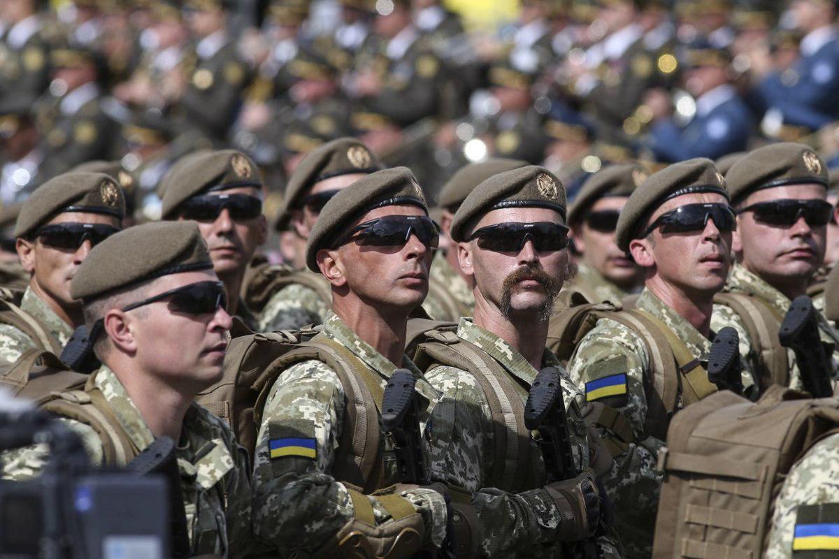 СМИ: Зеленский отменил военный парад в День независимости Украины, ветераны просто в шоке