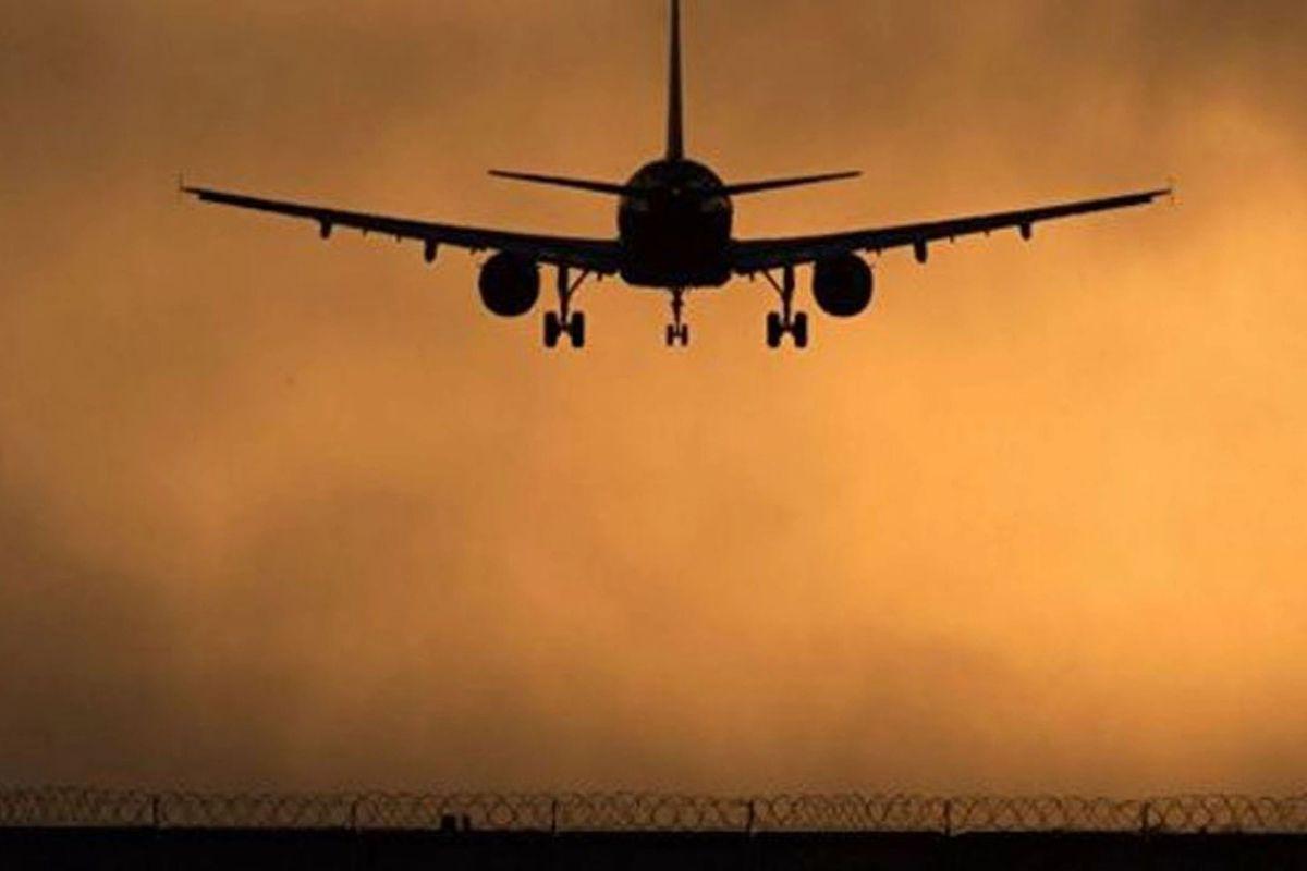 Пассажирский Airbus A320 подал сигнал тревоги на высоте 8 тыс км - рейс экстренно возвращается в Москву