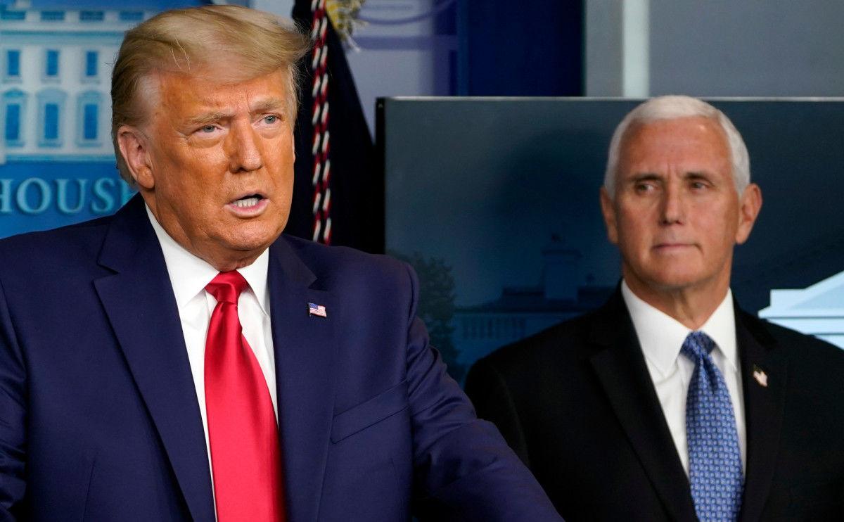 """""""Слуга Путина"""", – в США раскритиковали Трампа и хотят лишить его поста досрочно"""