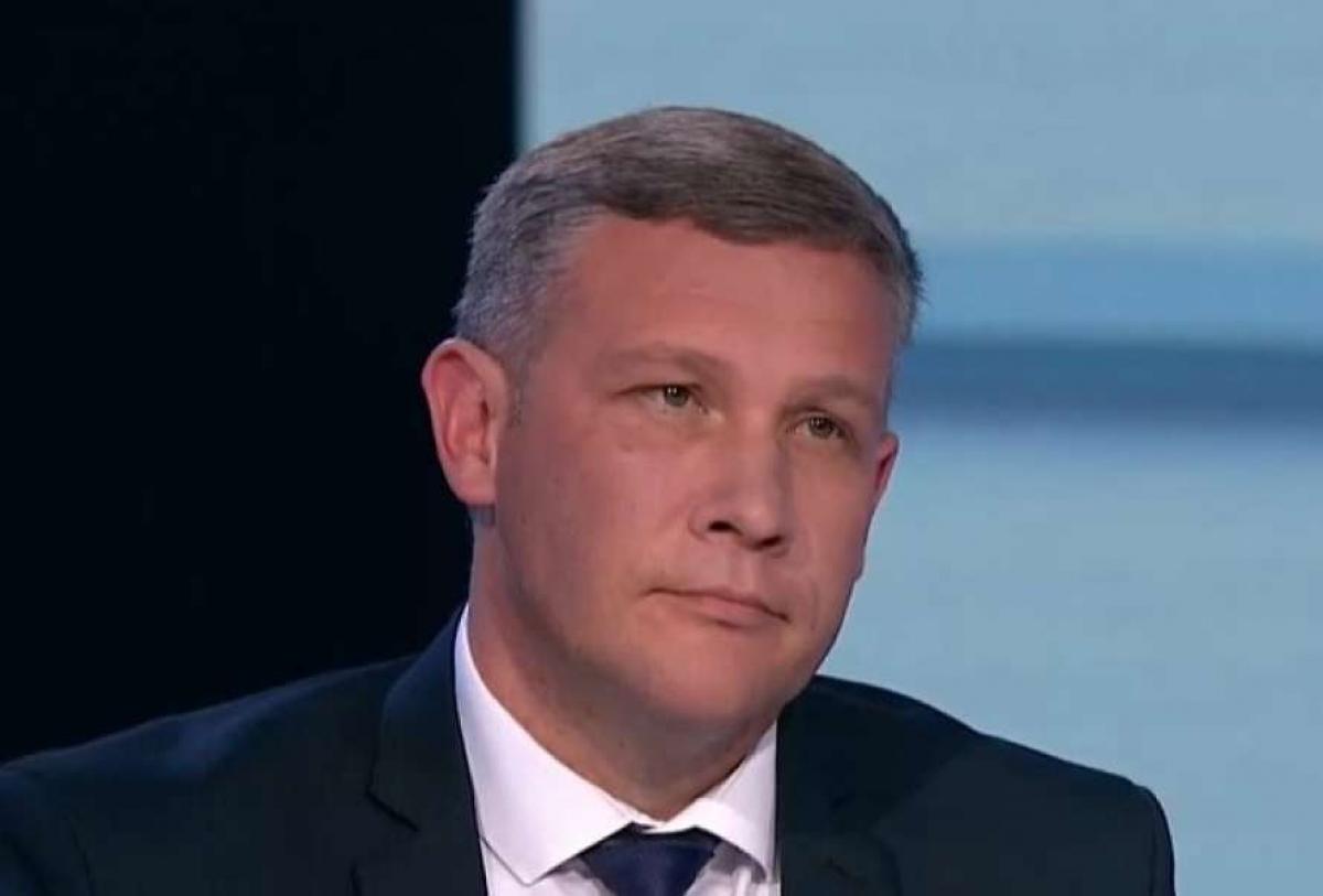"""Главврач госпиталя МВД Юрий Сак: """"Это больно для экономики, но без локдауна мы не справимся"""""""