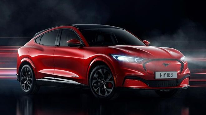 ford, Mustang Mach E, новости, автопром, электромобиль, электрокар, кроссовер, Tesla, США