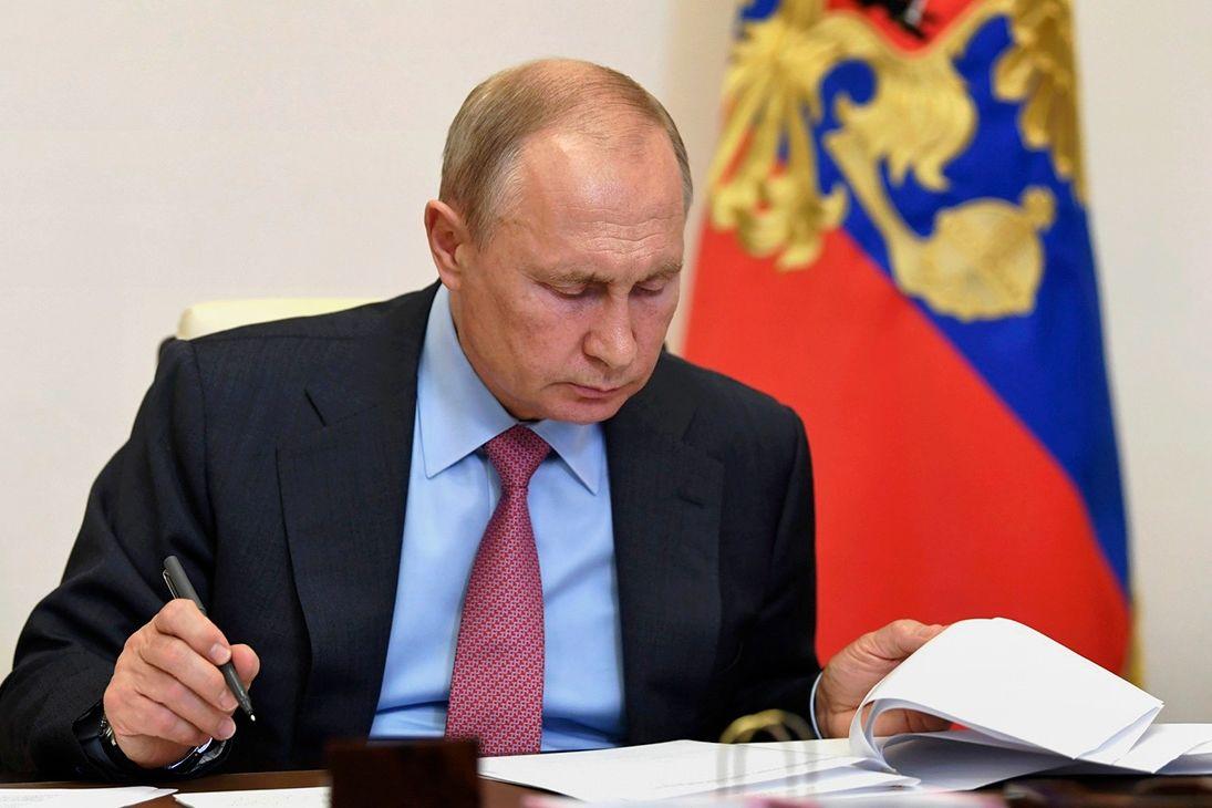 """""""Президенту подсовывают неверную социологию"""", - в РФ отреагировали на неправду Путина по НАТО и Украине"""