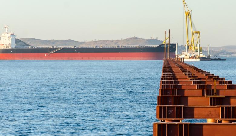 Ирония судьбы: турецкий корабль чуть не уничтожил строящийся керченский мост