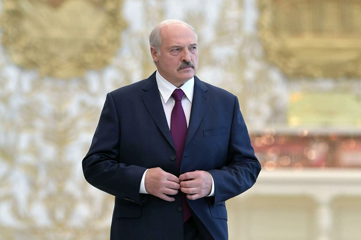"""""""Ягодка еще не показана"""", - Лукашенко пообещал показать новые детали """"покушения"""""""