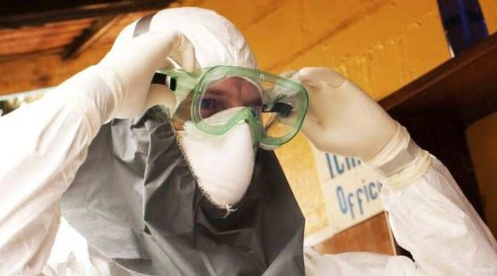 В Германию доставлен южнокорейский медик с подозрением на вирус Эболы