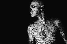 Модель с уникальной внешностью Zombie Boy покончил с собой - подробности