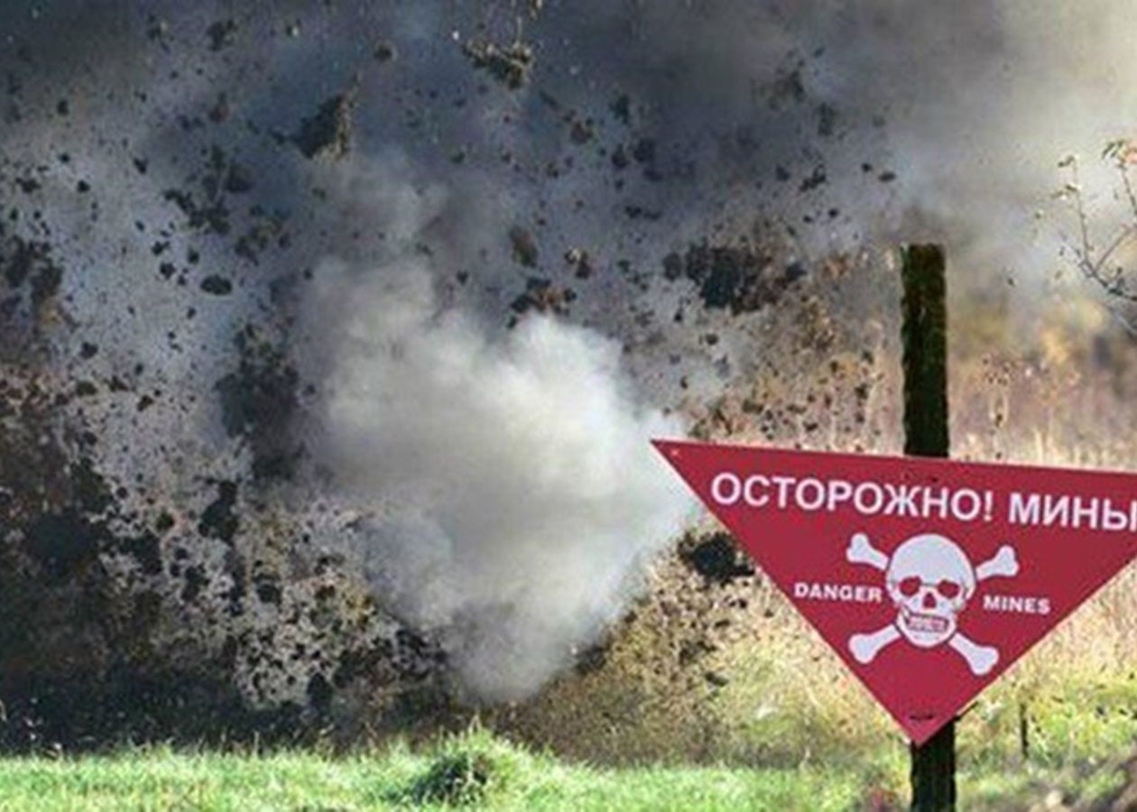 В посадке Горловки на линии фронта подорвалась женщина - у пострадавшей тяжелая травма
