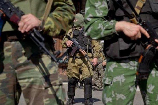 """Оперативная работа СБУ: задержаны двое боевиков и информатор """"ЛДНР"""""""