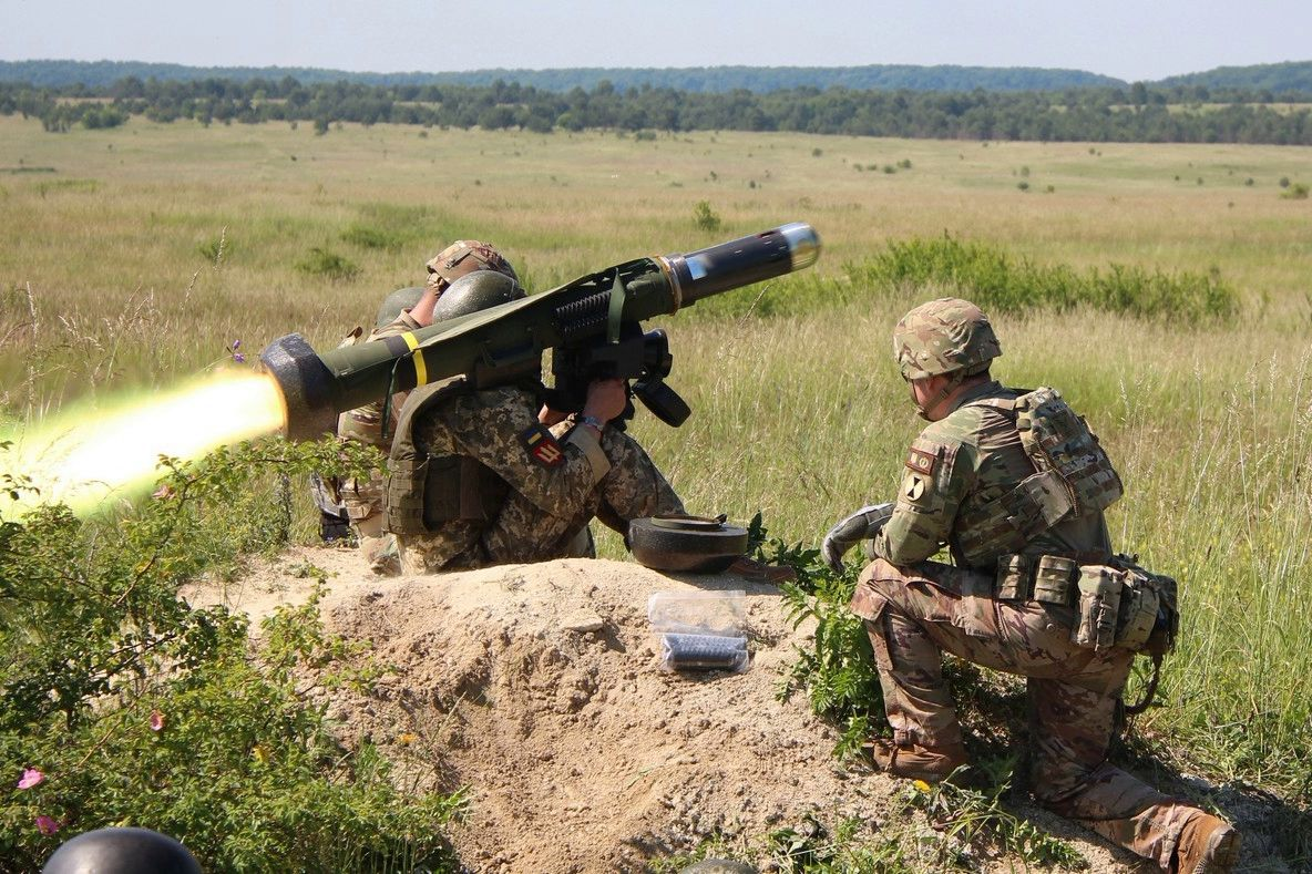 """Военные испробовали в деле """"Джавелины"""" под Львовом - ВСУ усилены еще 30 """"крушителями танков"""""""