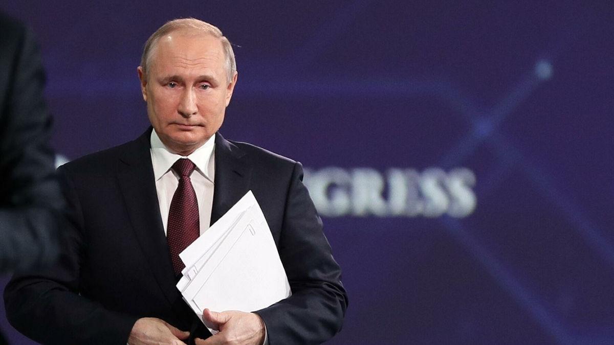 """Путин перед встречей с Байденом намекнул на возможность """"развала"""" США"""