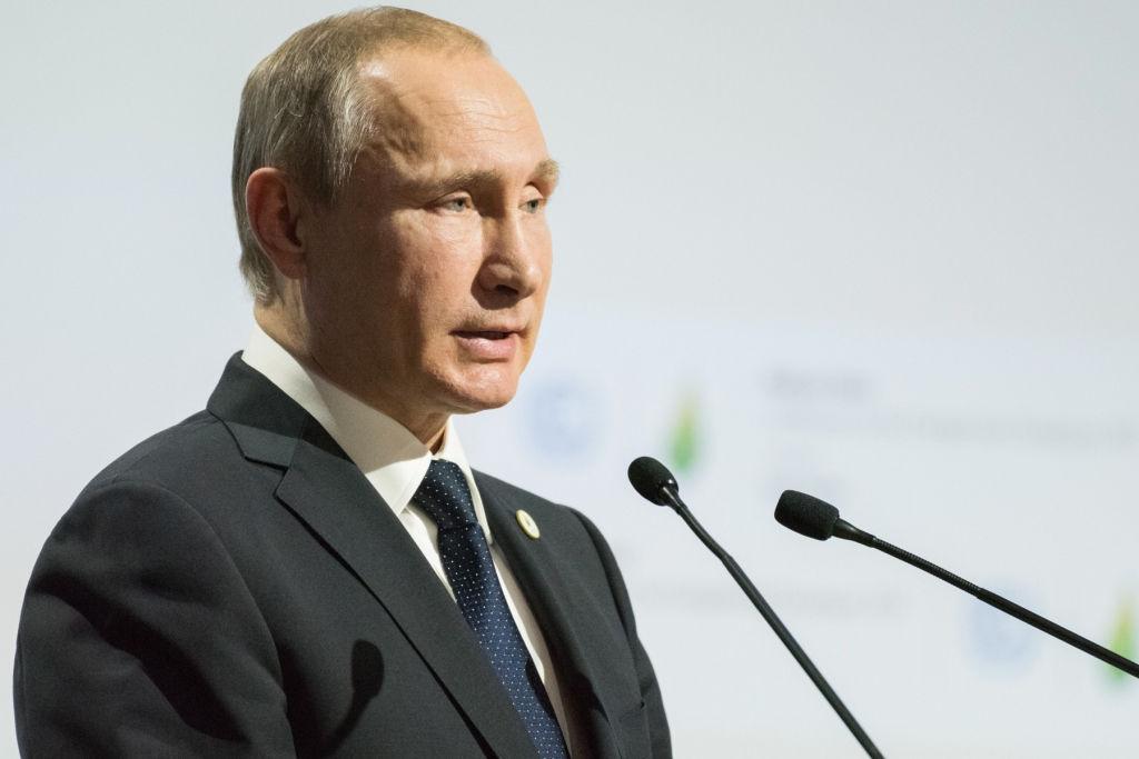Bloomberg: в элитах России обсуждают уход Путина, все уже почти готово