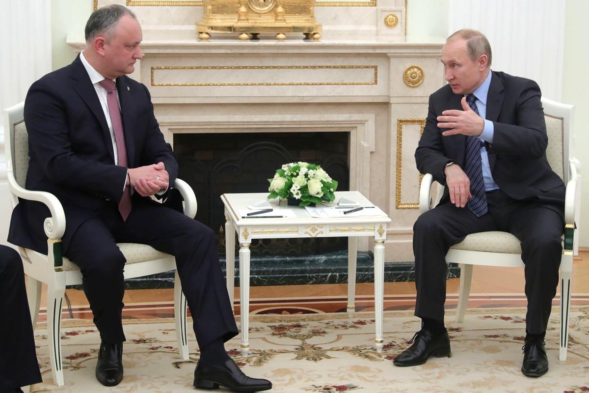 путин, додон, молдова, выборы, россия, скандал