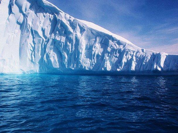 Огромный 30-километровый айсберг размером с небольшой город откололся от Антарктиды: официальный Сеул крайне обеспокоен инцидентом