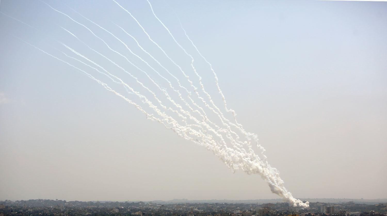 ХАМАС выпустил десятки ракет по газодобывающим платформам около побережья Газы - СМИ узнали подробности