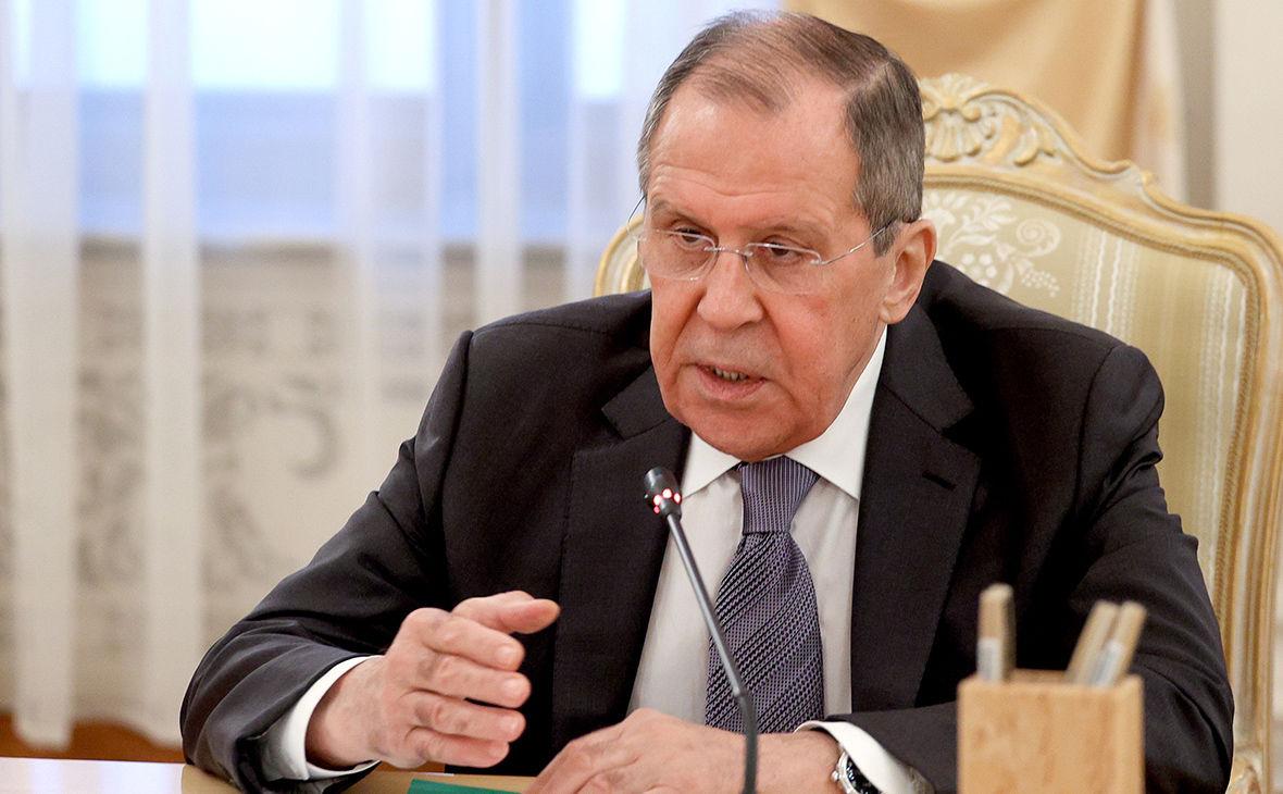 """Лавров предупредил США и пообещал """"болезненные меры"""" за санкции"""