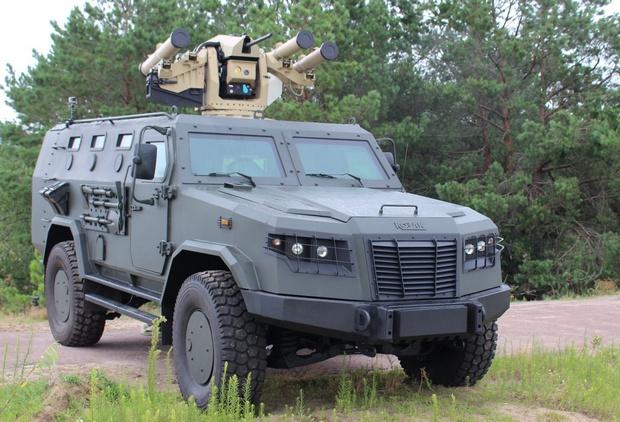 """От боевиков ничего не останется: в Украине провели боевые испытания бронированной машины """"Казак-2М"""" – кадры"""