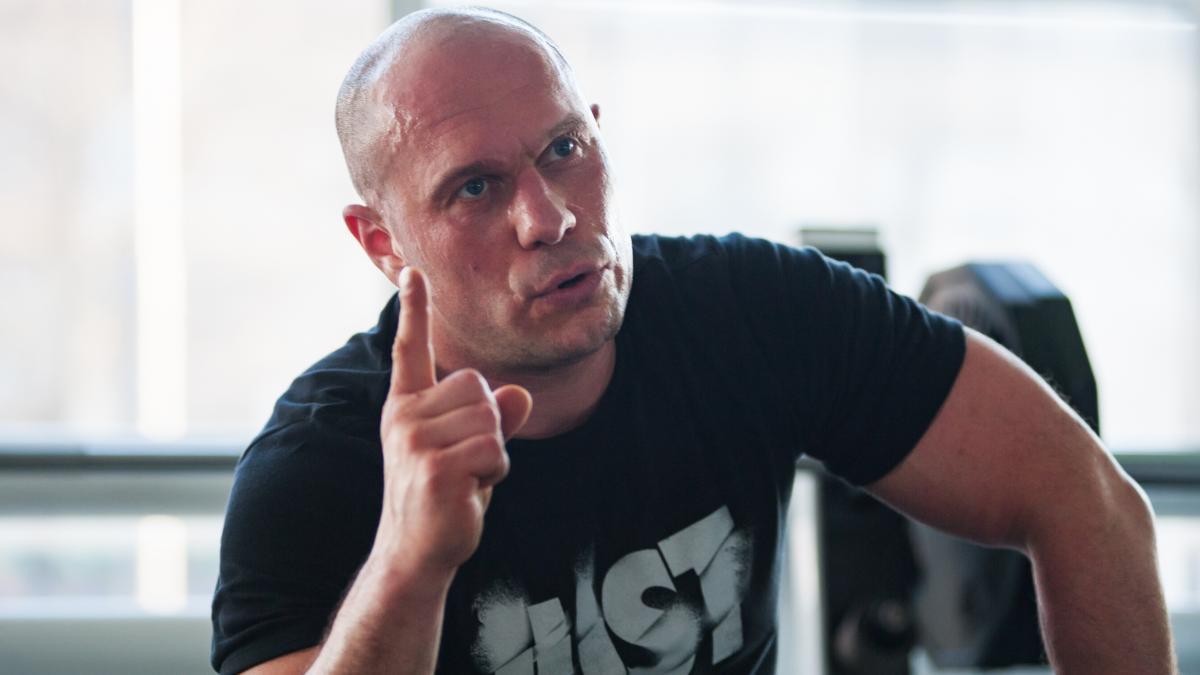 Илья Кива показал переписку с ветераном АТО Майманом, которая предшествовала драке в ресторане