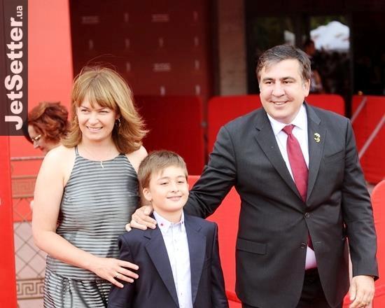 Семья Саакашвили чудом спаслась во время теракта в аэропорту Брюсселя