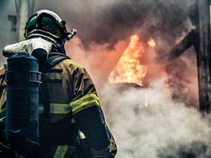 В Запорожье сгорели заживо два человека: жуткие кадры с места пожара