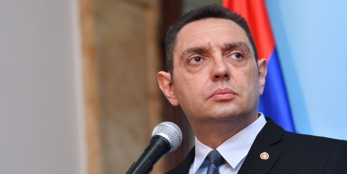 Министр обороны Сербии Вулин заразился COVID-19 во время Парада Победы в Москве