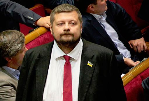 Украине нужно легализовать добычу янтаря, чтобы дать людям возможность зарабатывать деньги – Игорь Мосийчук