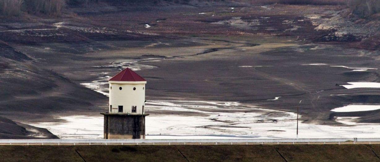 На месте Загорского водохранилища в Крыму теперь пустыня: опубликовано фото