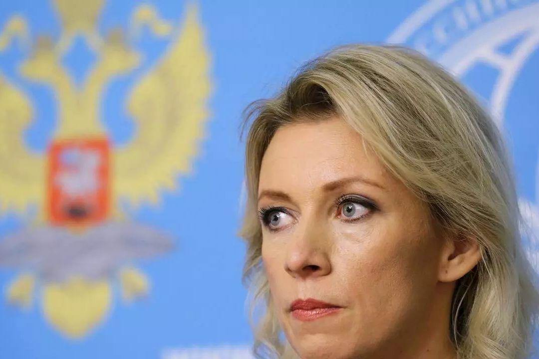 """""""Не играйте с огнем"""", - Захарова угрожает США из-за санкций по делу Навального"""