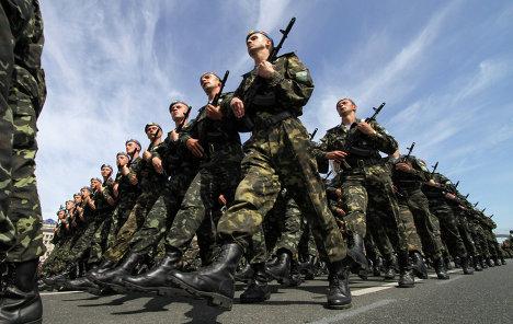 Порошенко: Генштаб планирует передислокацию войск в зоне АТО