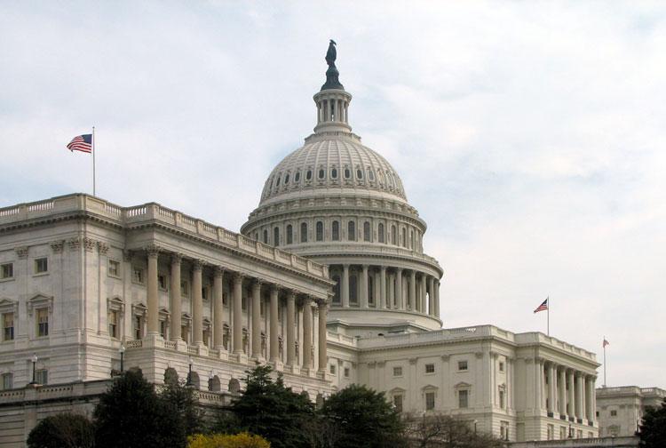 The Hill: Конгресс США пообещал обеспечить Украину оружием на миллионы долларов для усмирения агрессии России и освобождения Донбасса