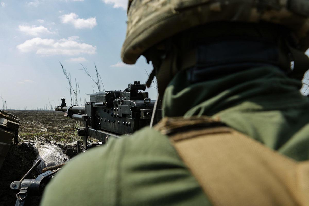 Российские наемники  сбросили гранаты на позиции ВСУ на Донбассе