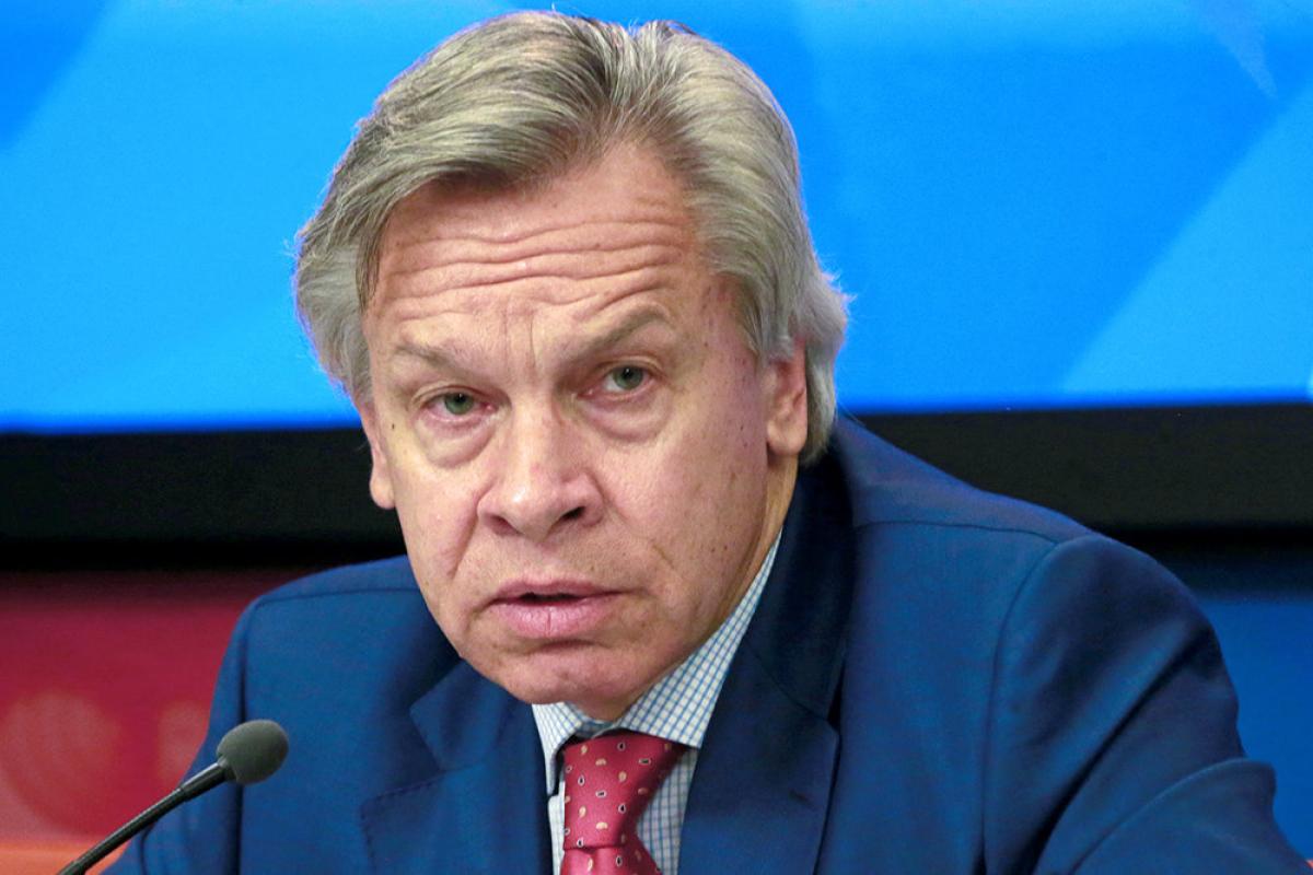 Пушков объяснил, почему Зеленского отказались приглашать на Парад Победы в Москву