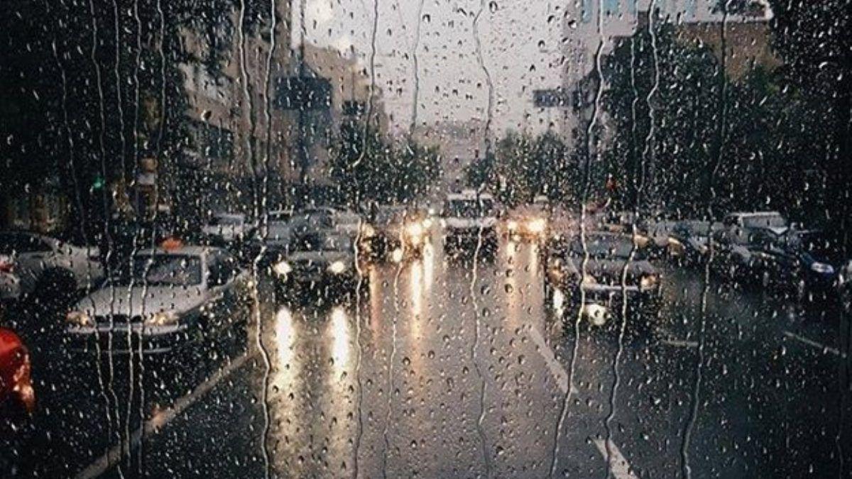 В Киеве ухудшится погода: спасатели предупредили о грозах с градом и шквале