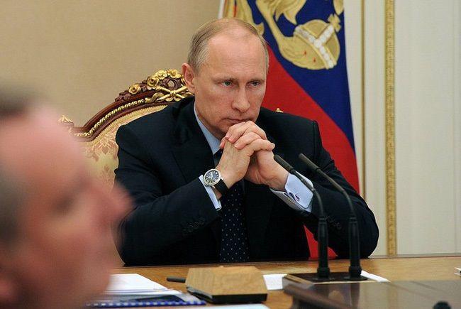 Bloomberg про экономику России: Путин допустил крупную ошибку, потери составят миллиарды долларов