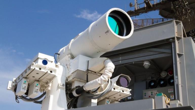 ВМС США испытали лазерное оружие, скорость которого в 50000 раз превышает скорость межконтинентальной баллистической ракеты, — кадры