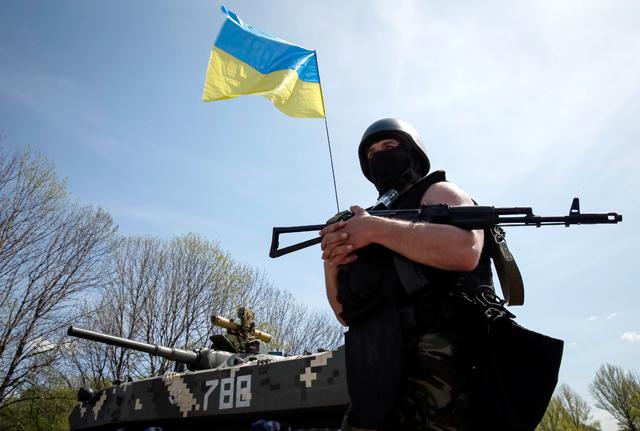 Яценюк: на время расследования крушения малайзийского «Боинга» АТО в Донецкой области прекращаться не будет