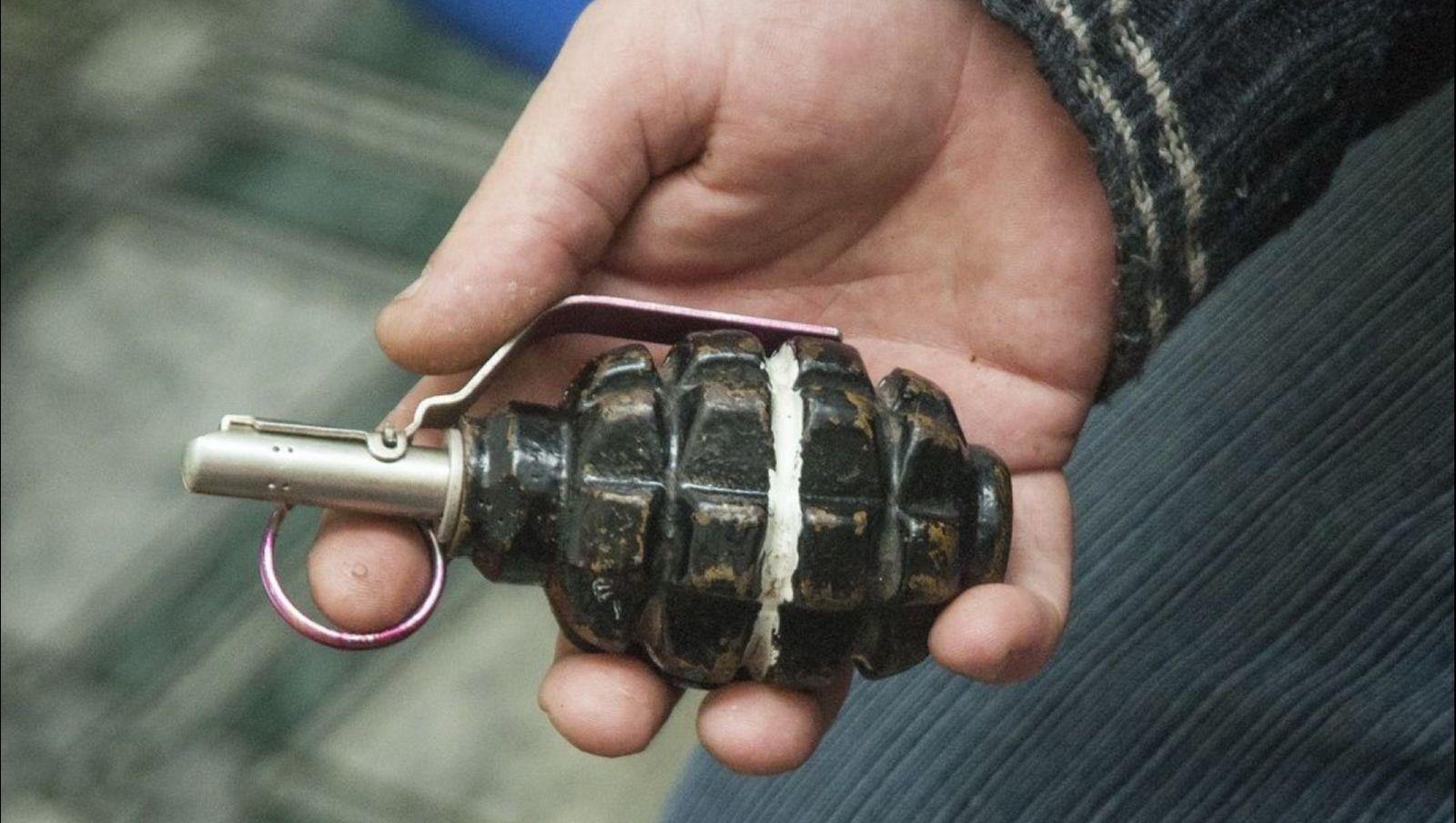 Мужчина в Одессе грозился взорвать гранату в школе