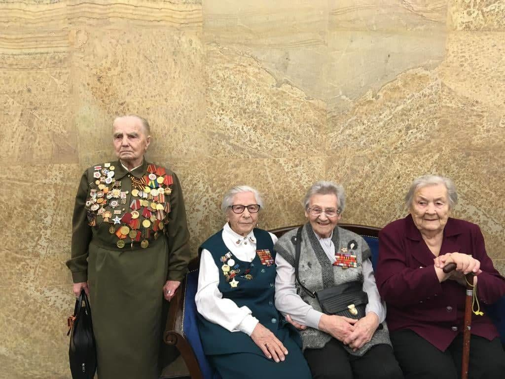 """В Москве 100-летняя ветеран войны Павла Тихомирова не дождалась поздравлений: """"Пообещали, а потом не пришли"""""""