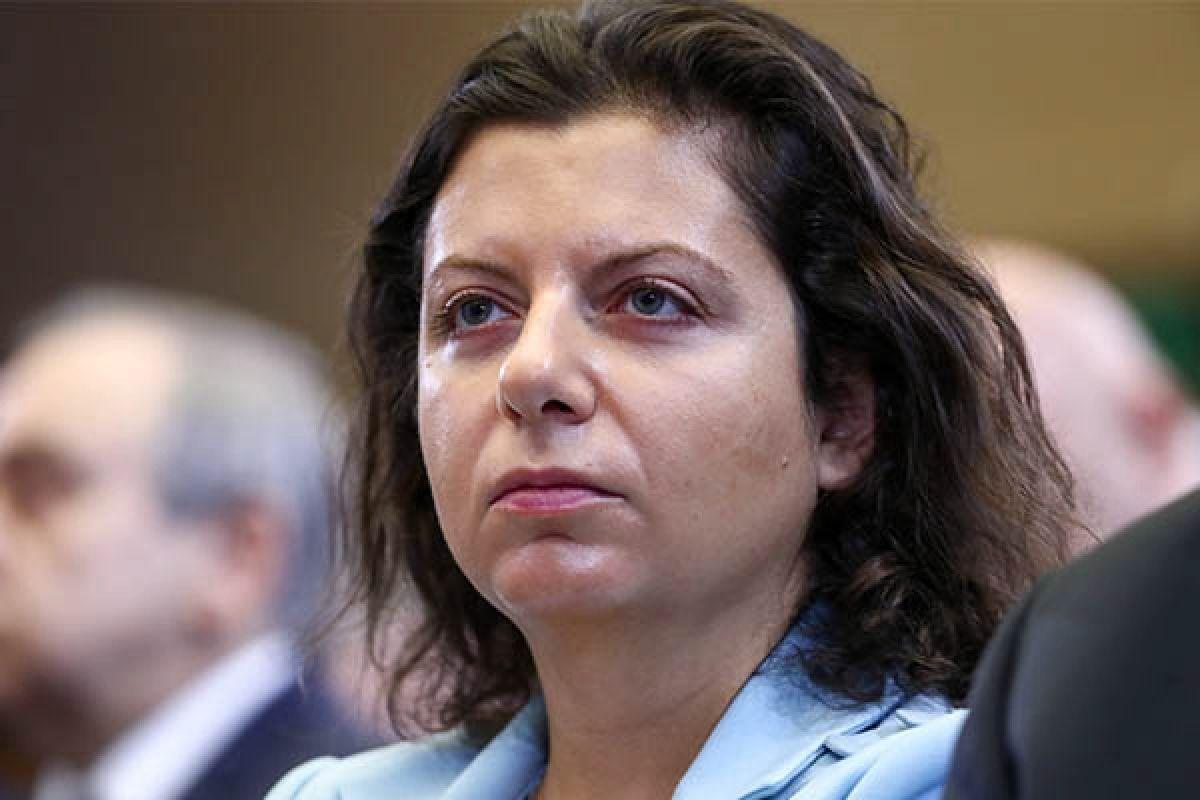 """Симоньян солгала о протесте в Севастополе, чтобы пригрозить захватом Донбасса и других """"бывших"""""""