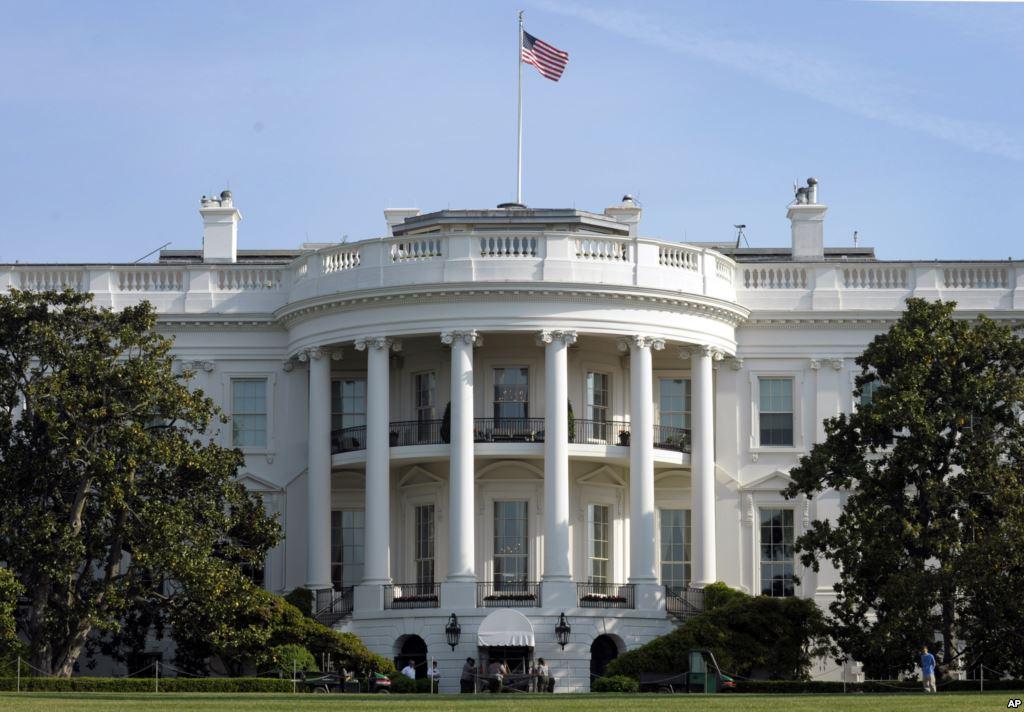 Белый дом, Москва, Вашингтон, Россия