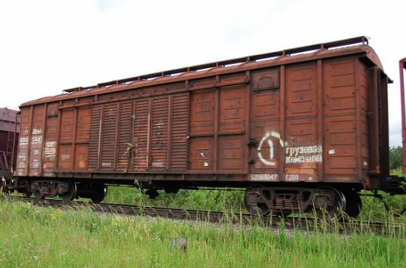 Украина продолжает крушить Россию санкциями и запретила перемещение грузовым вагонам крупнейших российских компаний