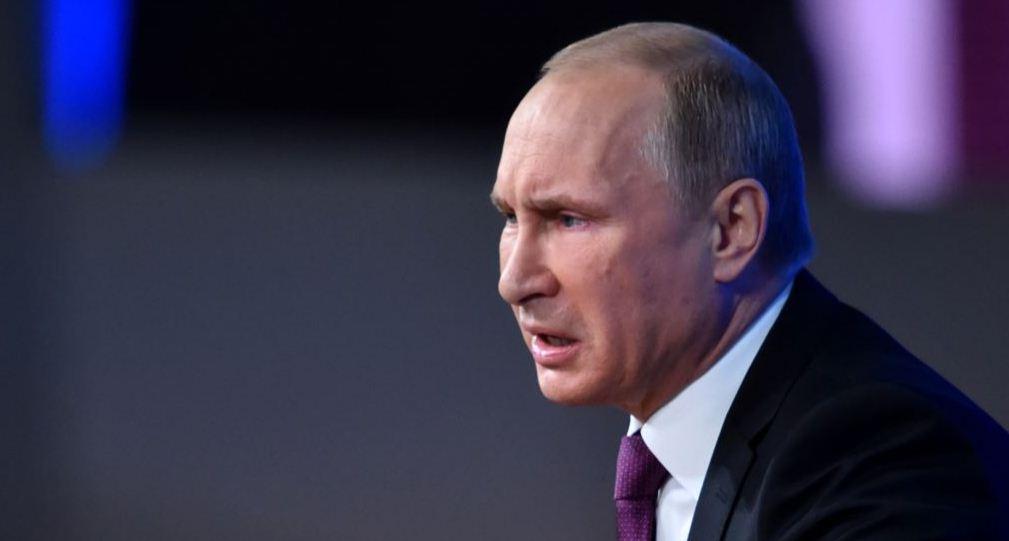 Владимир Путин бесстыдно жалуется на то, что санкции - это помеха для торговли оружием его страной